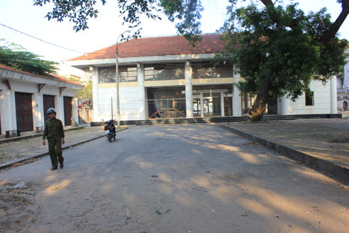 Chợ du lịch - văn hóa xã Cổ Loa bị bỏ hoang hơn 8 năm nay.
