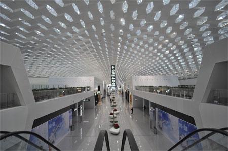 Nhà ga này có 3 tầng, nằm trên diện tích gần 50 hectare.