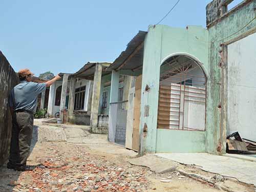 Nhà cửa xuống cấp trầm trọng nhưng người dân phường Hòa Hải, quận Ngũ Hành Sơn, TP Đà Nẵng không được sửa chữa vì vướng quy hoạch