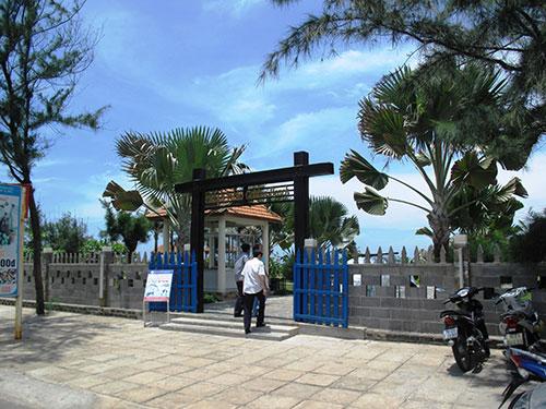 Chỉ một phần nhỏ diện tích khu resort Thuận Thảo được xây dựng, phần còn lại nằm trong dự định xé nhỏ để bán