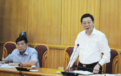 Chủ tịch UBND TP Nguyễn Thế Thảo phát biểu tại buổi làm việc.
