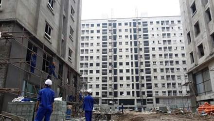 """Sau khi triển khai tiếp giai đoạn 2 dự án nhà ở xã hội Chèm-Cổ Nhuế (Bắc Từ Liêm, Hà Nội) chủ đầu tư """"ngồi chơi"""" vì hết đất làm nhà ở xã hội. Ảnh: N.M"""