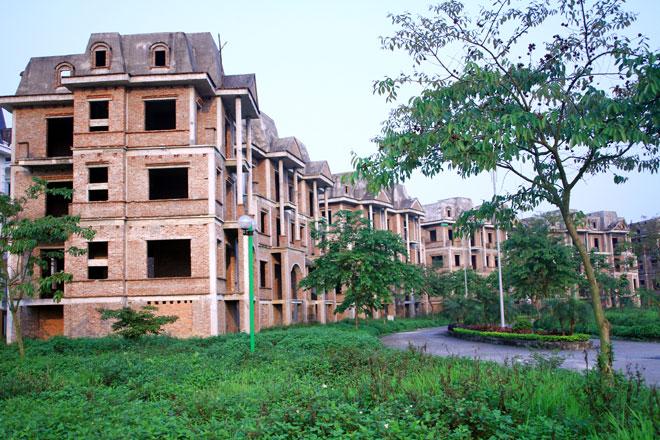 Biệt thự bỏ hoang tại KĐT Lideco.