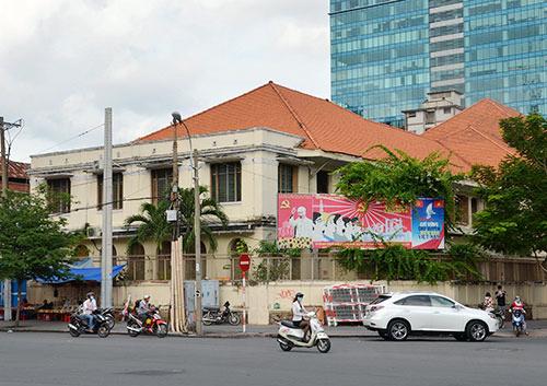 Một góc khu đất vàng 164 Đồng Khởi, quận 1