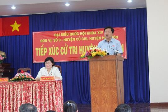 Bí thư Thành ủy TP HCM Đinh La Thăng trả lời cử tri