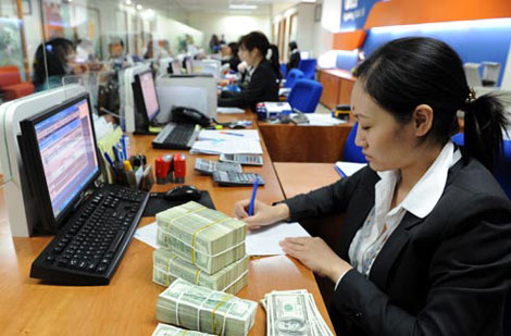 Nợ xấu thực hơn 8%: Khó tái cấu trúc ngân hàng