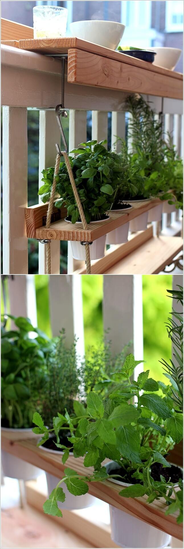 Trang trí ban công bằng gỗ