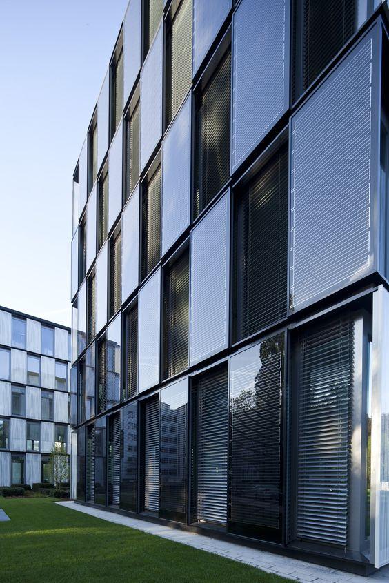 Sử dụng năng lượng mặt trời: Tiêu chí quan trọng trong công trình xanh