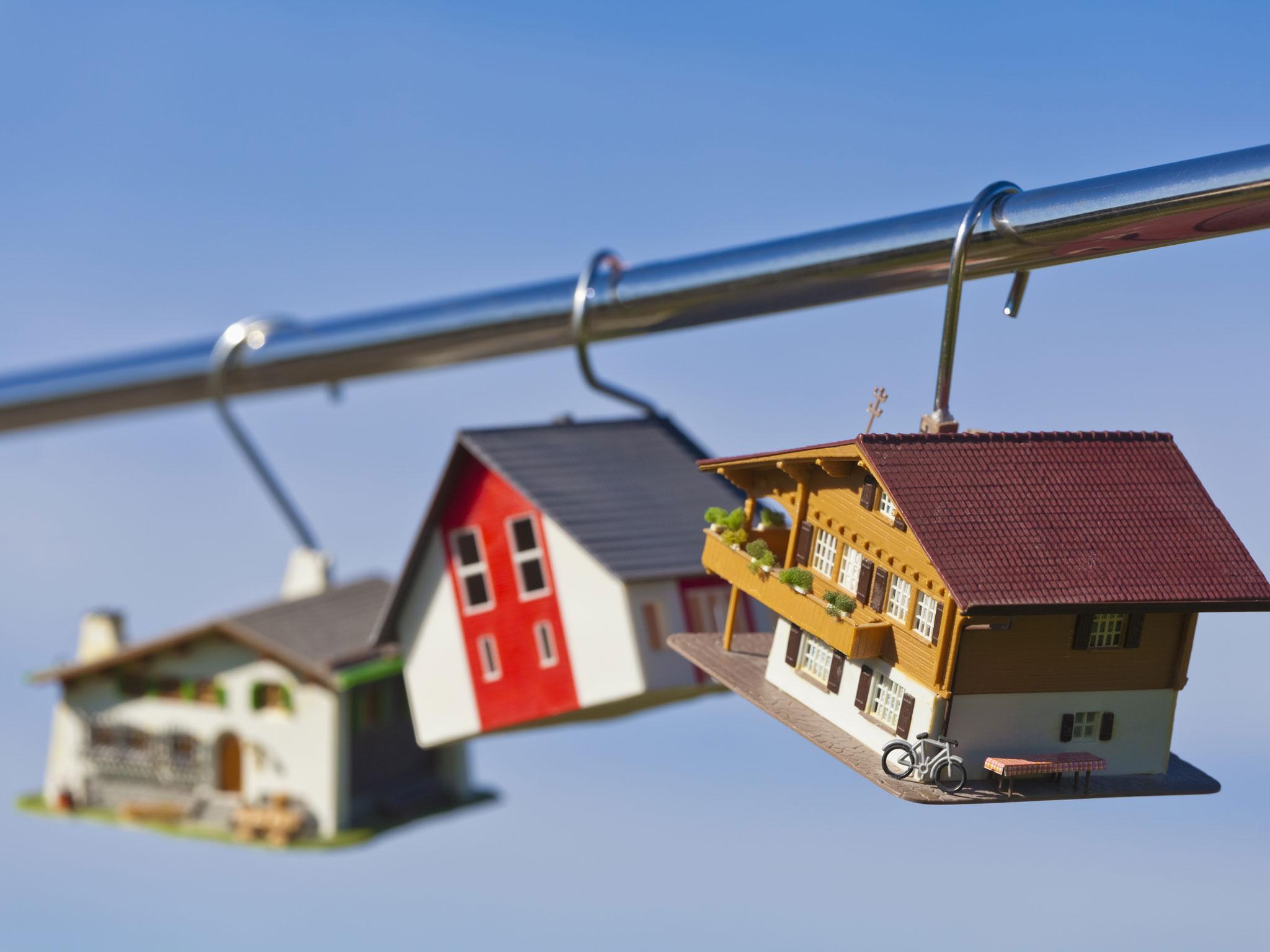 Từ ngày 15/11/2017, sẽ có quy định mới về bảo lãnh 'bán nhà trên giấy'