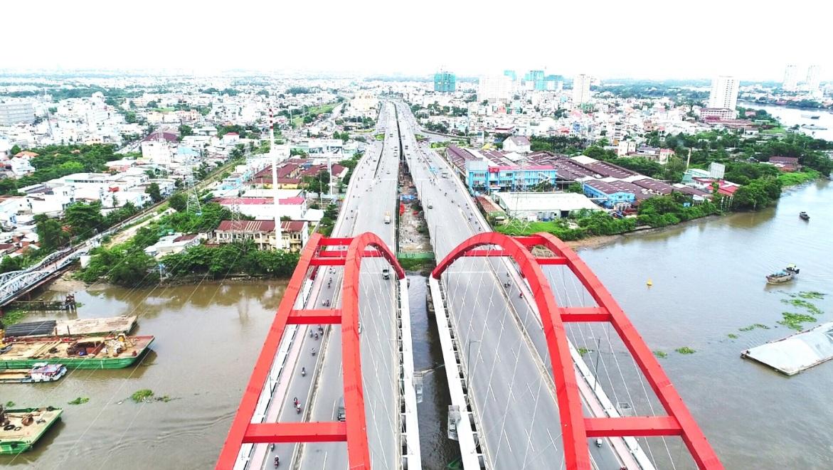 Bùng nổ hạ tầng, khu Đông hấp dẫn nhà đầu tư