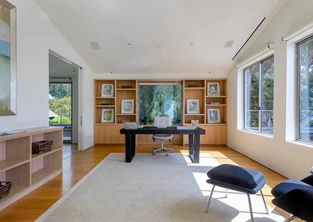 Bên trong ngôi nhà 18,6 triệu USD của MC Ellen DeGeneres
