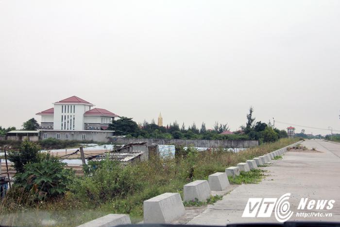 'Biệt phủ' xây dựng trái phép trong hành lang đê Hải Phòng: Sở Xây dựng nói gì?
