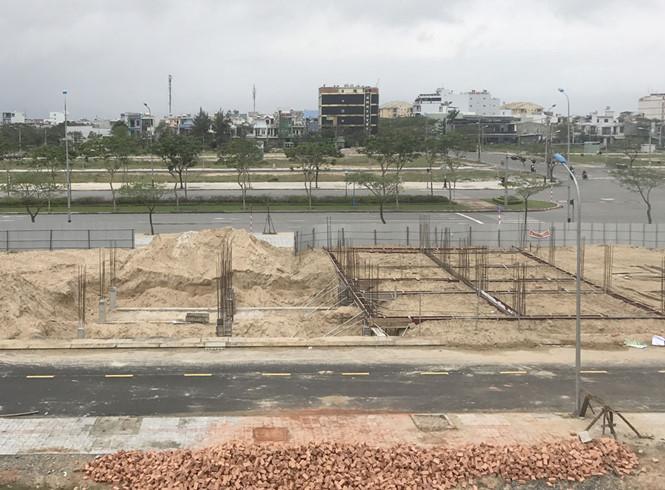 Dự án nhà liền kề nhưng lại… bán đất nền