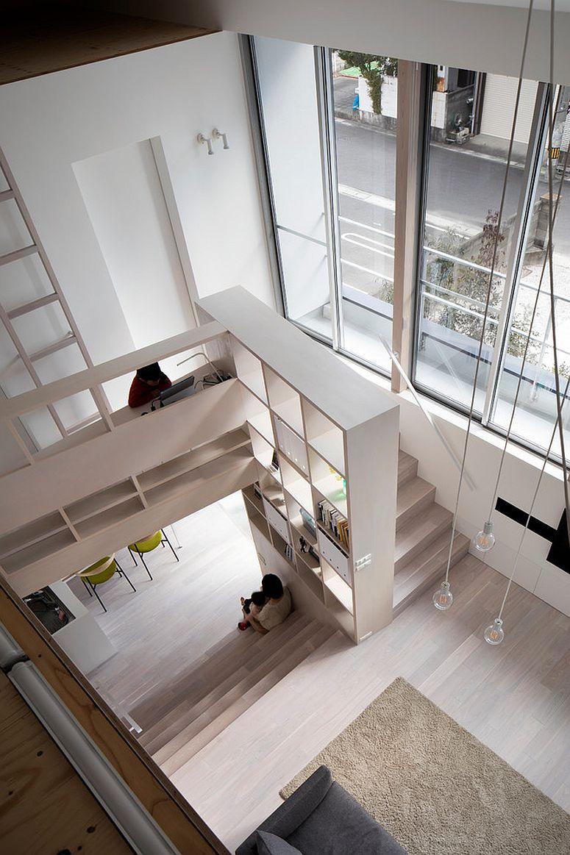 Không gian lưu trữ tại cầu thang cho nhà phố hiện đại