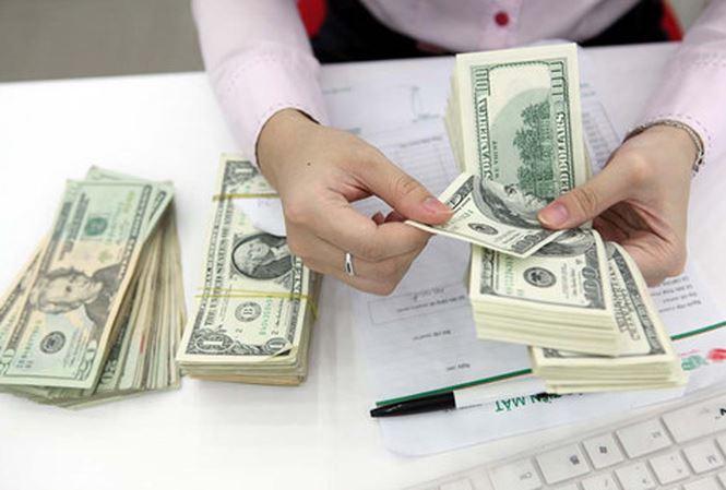 Giá USD tăng mạnh phiên đầu tuần