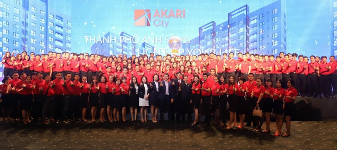 Sau teambuilding Đà Nẵng, DKRA Vietnam rầm rộ tuyển quân