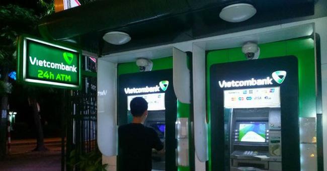 Ngân hàng cần chú ý khi mở thẻ ATM cho người khiếm thị