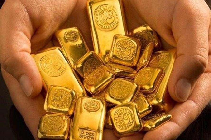 Điểm tin sáng: Giá vàng tiếp tục giảm sâu trong khi USD tăng mạnh