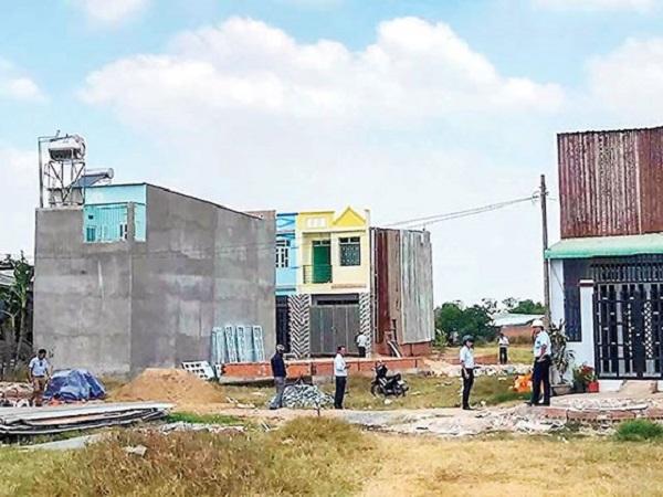 Làm ngơ để nhà xây không phép?