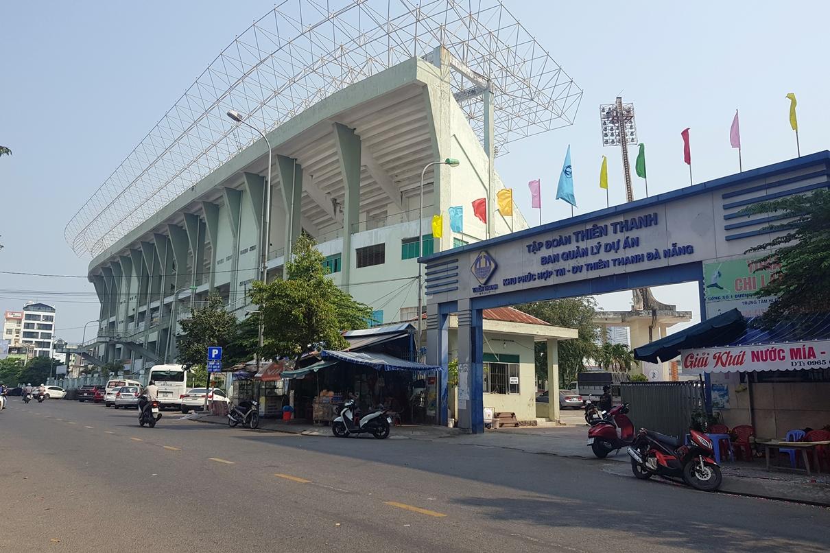 Sân vận động Chi Lăng Đà Nẵng: Đền không xong, mua chẳng đặng