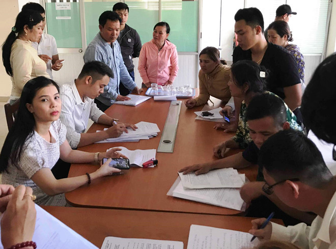 """Giá đất tăng, hộ tái định cư Đà Nẵng """"nợ chồng nợ"""""""