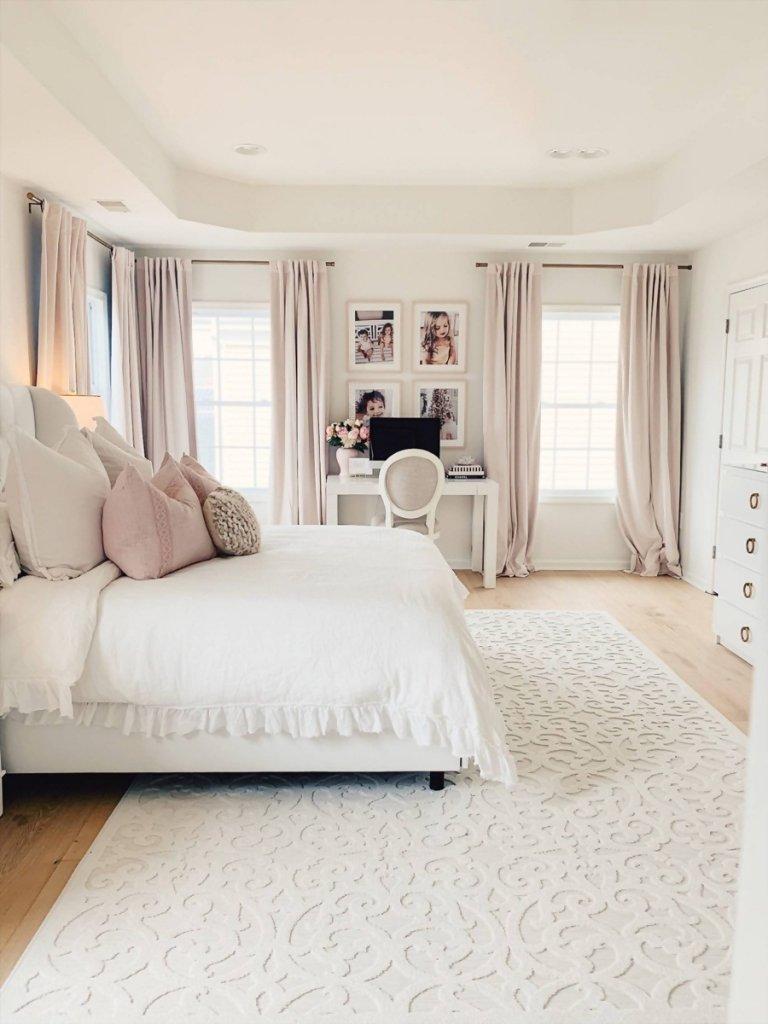 Mẹo trang trí phòng ngủ với nội thất màu trắng