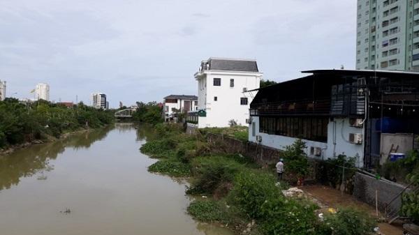 nghệ an: cấm dân cơi nới nhưng lại cho doanh nghiệp... lấn sông Nghệ An: Cấm dân cơi nới nhưng lại cho doanh nghiệp… lấn sông khudothi 1567688712