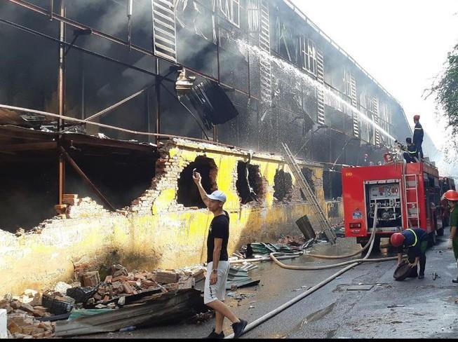 Thấy gì ở việc di dời nhà máy khỏi nội đô từ vụ cháy Rạng Đông?
