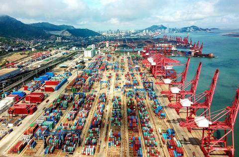 Việt Nam nỗ lực giảm bớt thâm hụt thương mại với Mỹ  Việt Nam đang lên kế hoạch giảm bớt thâm hụt thương mại với Mỹ thamhutthuongmai 1569664573