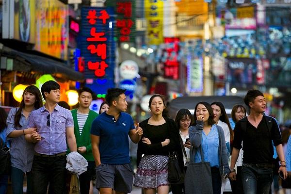 Người Hàn Quốc thắt lưng buộc bụng 15 năm mới dám mơ mua nhà ở Seoul