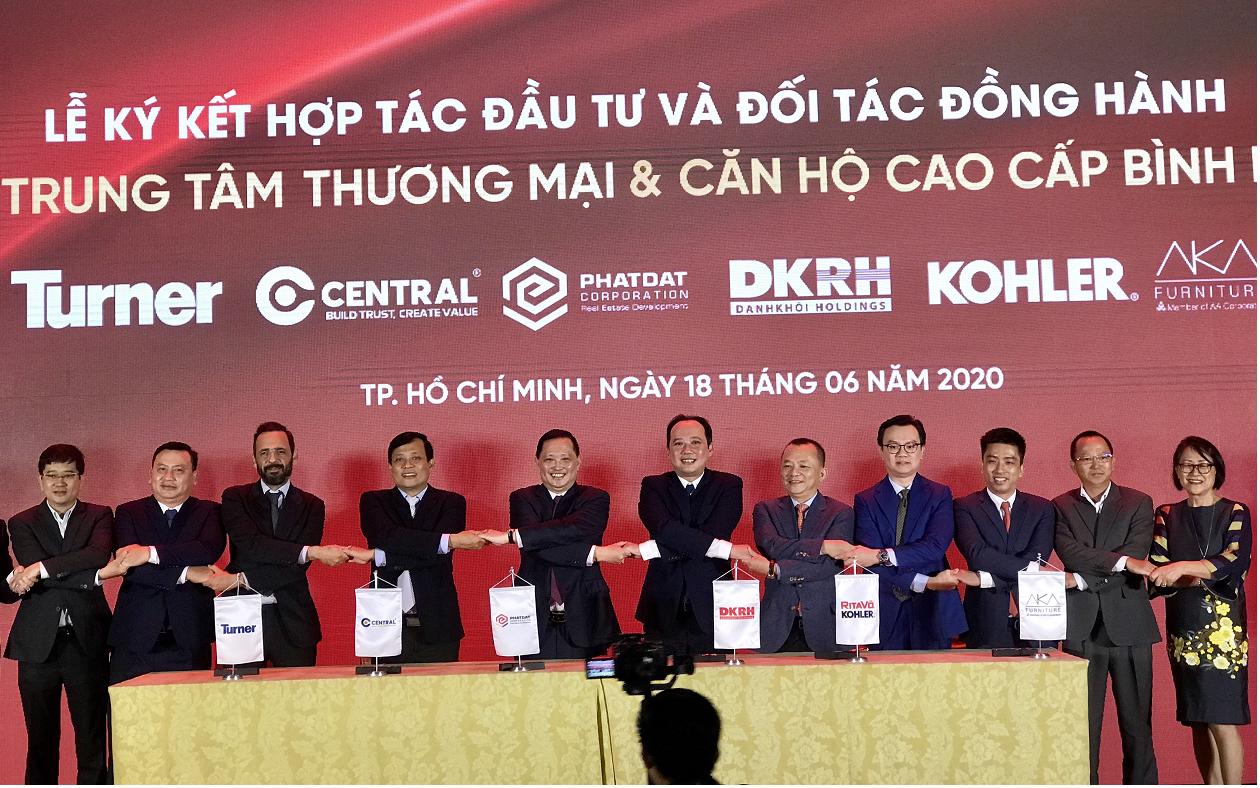 Phát Đạt và Danh khôi Holdings hợp tác phát triển dự án TTTM và Căn hộ cao cấp ở Thuận An