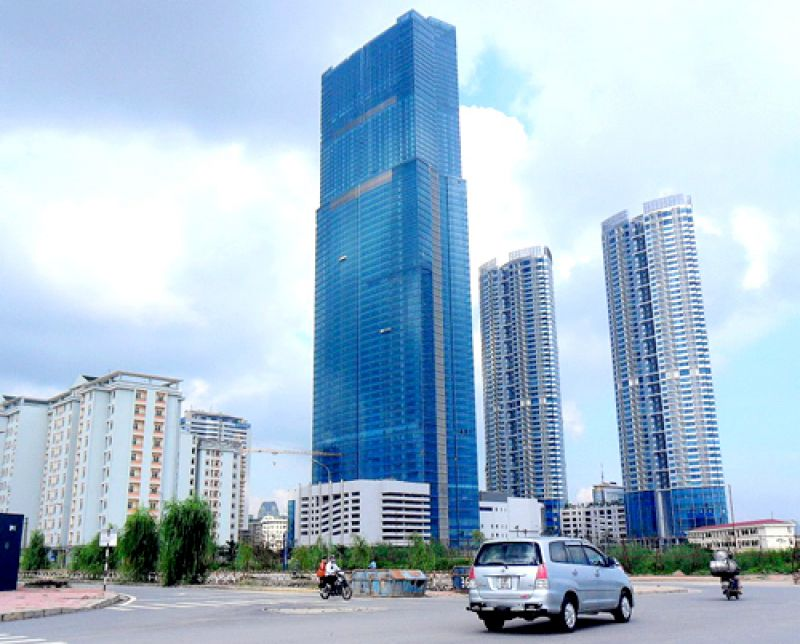 Do đâu có sự chênh lệch về giá thuê văn phòng giữa Hà Nội và TP.HCM?