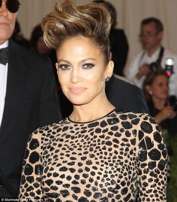 Jennifer Lopez mua dinh thự hơn 200 tỷ đồng sống với bồ trẻ 6
