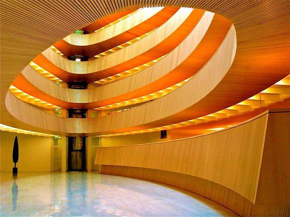 Thư viện hình elip tuyệt đẹp của Thụy Sĩ