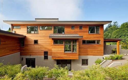 Ngôi nhà 4 tầng siêu tiết kiệm nhờ pin mặt trời