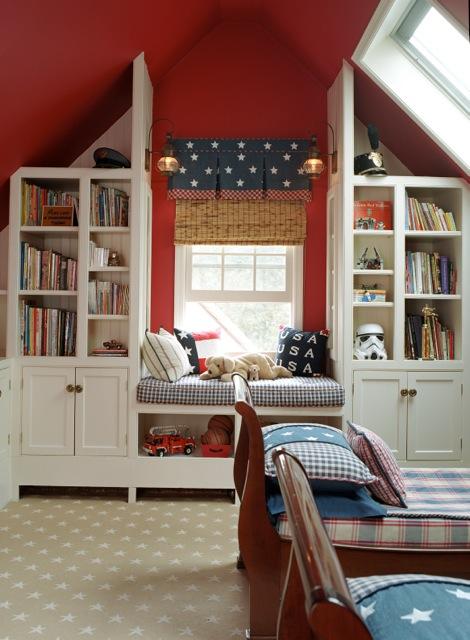 Nhà đẹp chào hè với 3 màu đỏ - trắng - xanh