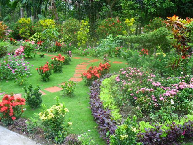 san vuoncafeland 1470000540 Thiết kế sân vườn theo phong thủy giúp nhà bạn luôn là cái rốn của may mắn