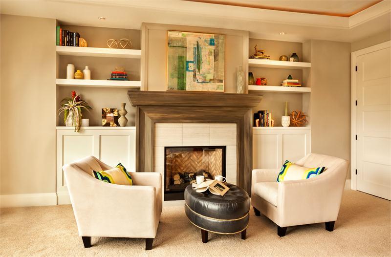 Thiết kế phòng khách với màu sắc ấn tượng cho gia đình