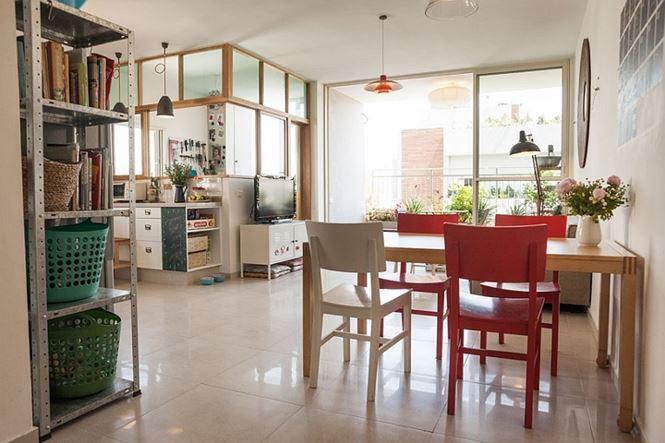 Ở chung cư vẫn tiết kiệm điện và 'hoang dã' nhờ ban công