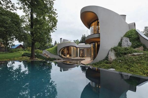 Khám phá nhà có tường cong lượn tựa dòng chảy của nước