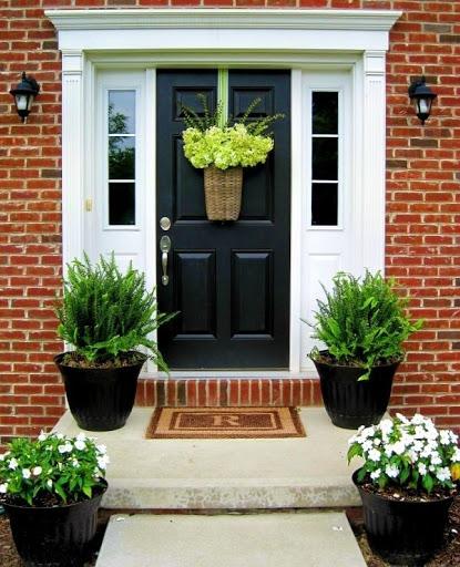 Trang trí nhà cửa với điểm nhấn trước cửa