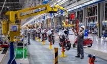 Bloomberg: Tỷ phú Phạm Nhật Vượng chấp nhận nhiều năm thua lỗ để tạo ra cách mạng xe điện tại Việt Nam