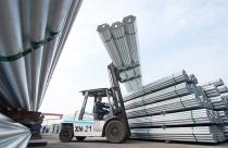 Xuất khẩu sắt thép 10 tháng tăng gần 50%