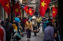 Việt Nam và chiến lược hiệu quả kiểm soát COVID-19 với chi phí thấp