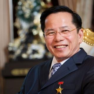 Ông Lê Văn Kiểm