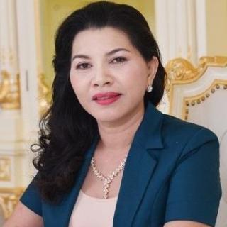 Bà Đặng Thị Kim Oanh