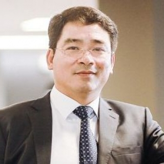 Ông Bùi Khắc Sơn