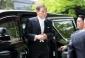 Cuộc sống thú vị của người chắc ghế tân Thủ tướng Nhật Bản
