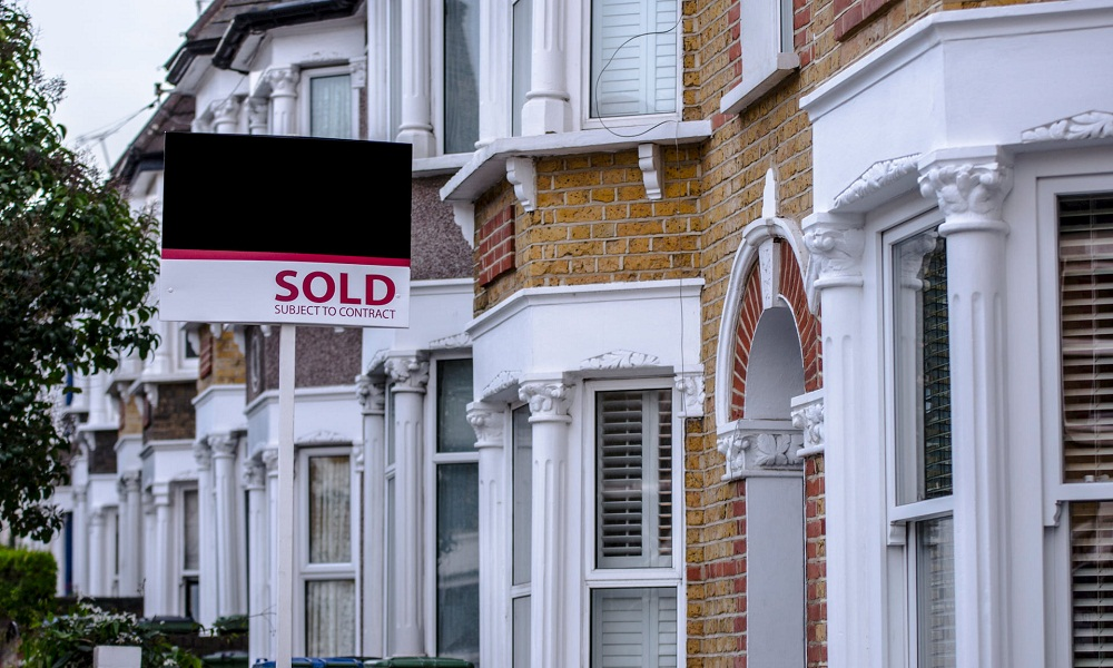 Giá nhà đất ở Anh điêu đứng khi các ngân hàng rút tài sản thế chấp