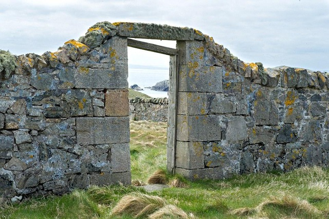 Quần đảo Shetland bao gồm tổng cộng hơn 100 hòn đảo, khoảng 17 trong số đó có người sinh sống
